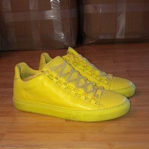Balenciaga men's sneaker!